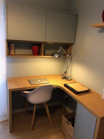 Petit bureau d'angle avec porte et plateau coulissant pour imprimante, 3 tiroirs